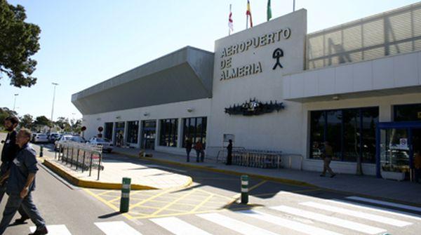 El aeropuerto de Almería estrena tres nuevos vuelos directos a Reino Unido