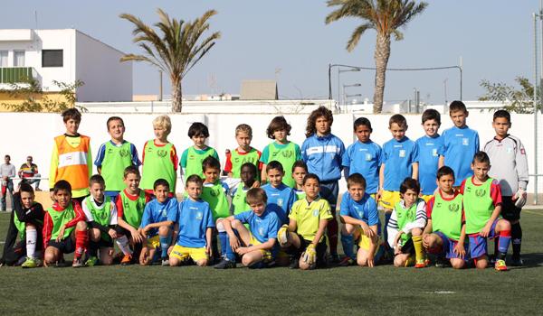 Selección Benjamín de fútbol 7 junto al Comarca Nijar
