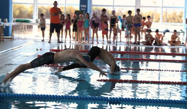 El levante almeriense se 39 tira 39 a la piscina almeria 360 for Piscina municipal almeria