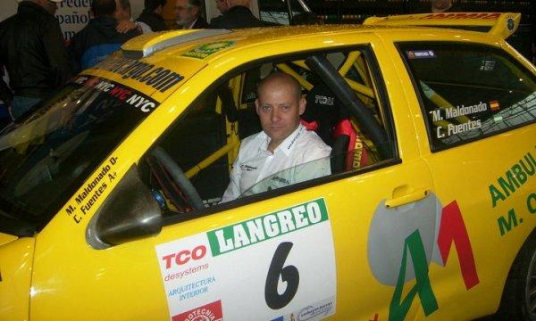 Manuel Maldonado a los mandos de su Seat Córdoba WRC