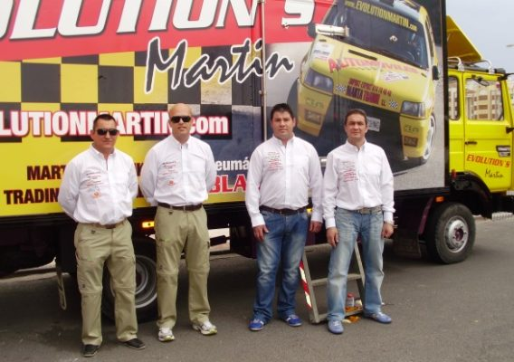 Checa sigue imparable al frente de las superbikes for Oficina zaragoza delicias dni