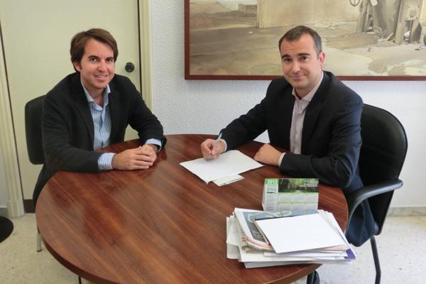 El tejido empresarial de Almería será lo principal en el convenio entre Diputación y AJE