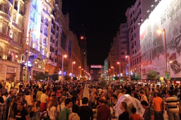Imagen de la Gran Vía madrileña en la Noche en Blanco