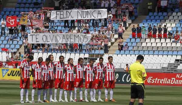 El jugador del Plus Ultra fallecido de un infarto durante un partido de fútbol veterano ha estado en la mente de todos
