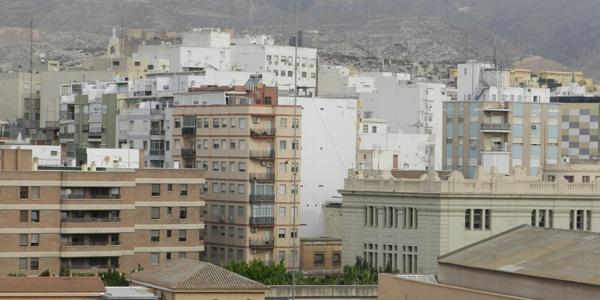 Los edificios anteriores a 1962 pasarán una ITE que ha aprobado el Ayuntamiento de Almería