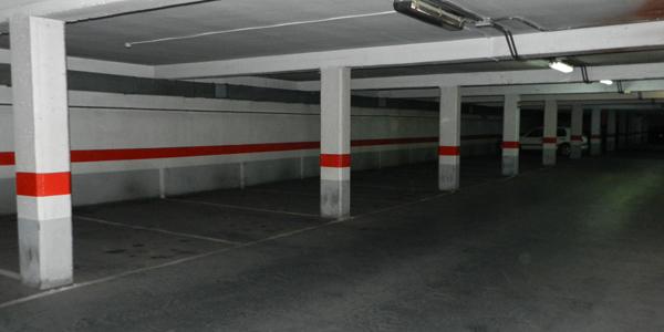 Las plazas 'bajo tierra' tampoco están siendo usadas por los conductores