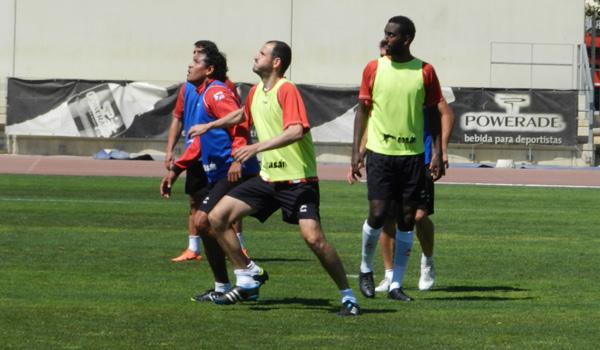 Ambos futbolistas de la UD Almería han recibido el alta el mismo día pero Soriano está más 'rodado' que Goitom