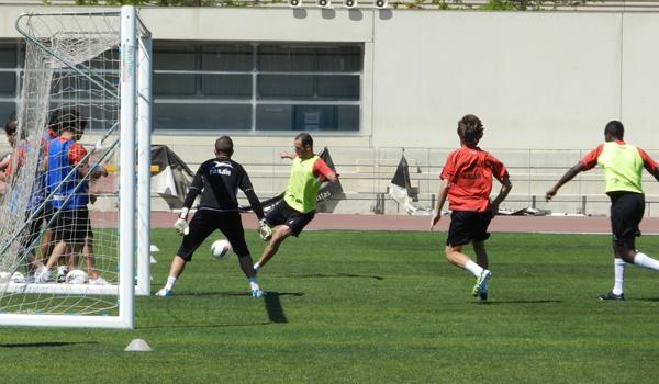 Ambos jugadores de la UD Almería reciben el alta y podrían jugar ante el Barcelona B