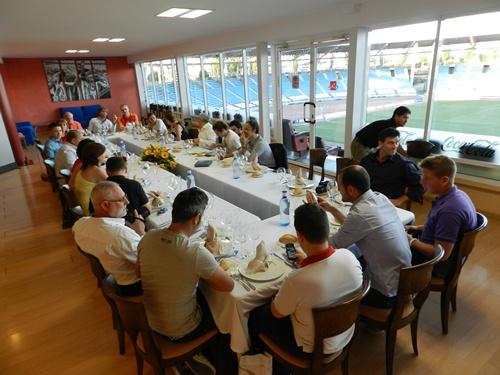 David Bisbal siempre apoya con su presencia y con su imagen a la UD Almería
