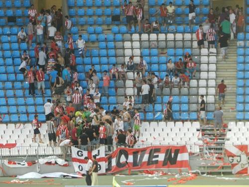 La Grada Joven ha ocupado una esquina del Estadio de los Juegos Mediterráneos