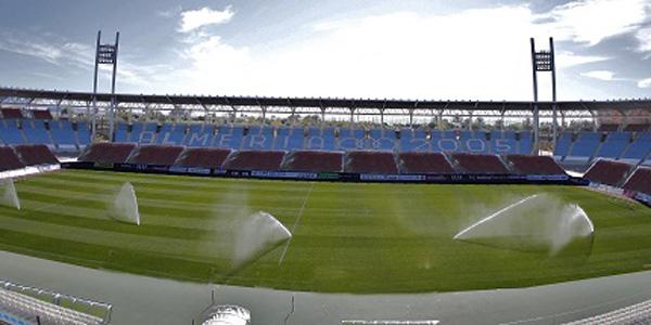 La UD Almería tiene permiso del Ayuntamiento para reformar el Estadio de los Juegos Mediterráneos y acercar el público al terreno de juego