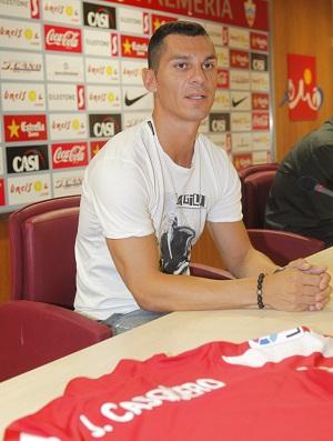 Javi Casquero llega a la UD Almería pensando en ascender como hizo con el Sevilla