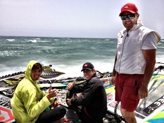 Víctor junto a su padre y el almeriense Cisco en Pozo Izquierdo