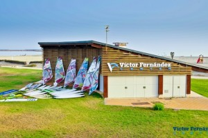 El campen del mundo de windsurf en 2010 abrir un center en su localidad natal