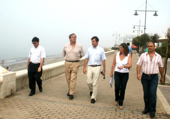 Jefe Provincial de Costas, Miguel Ángel Castilla, en Balerma.