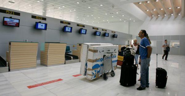 Almería conectará con ocho ciudades de Reino Unido a través de 17 vuelos semanales de Jet2.com