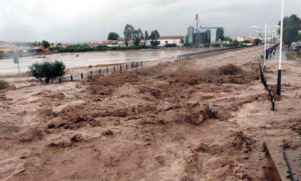 Pulpí aumenta su capacidad hidráulica un año después de las riadas