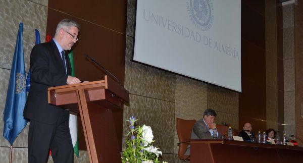 Antonio Avila durante su intervención