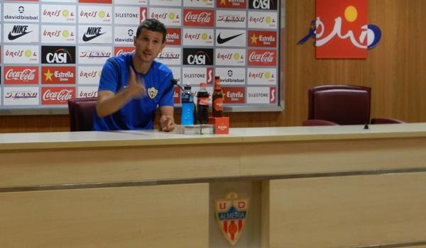 El entrenador de la UD Almería no está satisfecho con la valoración que se hace de su equipo