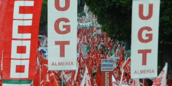 CCOO y UGT convocan otra vez a los ciudadanos contra las medidas del Gobierno
