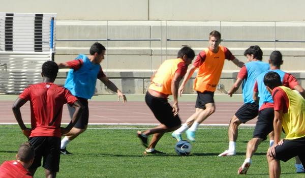 El pichichi de la pasada Liga Adelante intentará superar sus 28 goles con el Almería