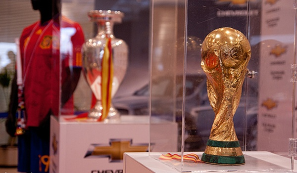 Dos de los tres últimos trofeos de España en fútbol estarán en la provincia de Almería