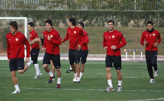 El Almería ya piensa en su último rival de la Liga Adelante en 2012, que será el Alcorcón