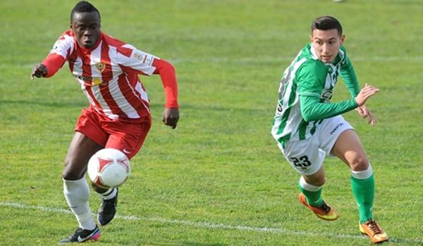 El Almería B perdió de manera abultada ante el filial bético en Sevilla (Segunda B)
