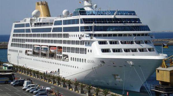 Resultado de imagen de PUERTO DE ALMERÍA cruceros