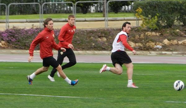 Entrenamiento intenso de la UD Almería antes de jugar ante la Ponferradina