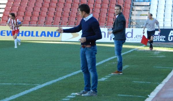Los entrenadores del Almería B y del UCAM Murcia de Segunda División B