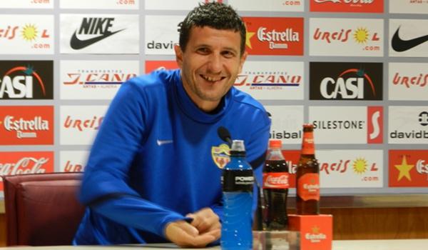 El entrenador de la UD Almería habla también de la Real Sociedad