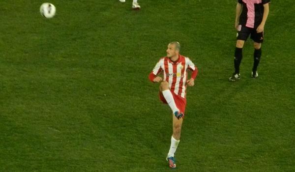 Uno de los capitanes del Almería es la piedra angular de la posible vuelta a Primera División