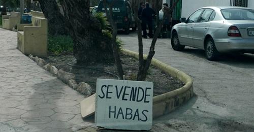 Almería tiene como tradición el consumo de este producto crudo con jamón, tocino o bacalao