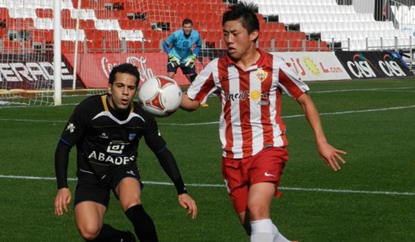 El Almería B sigue cerca de la promoción en Segunda División B
