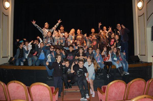 19-04-13 Concierto didáctico del Rock se cuela en la Escuela (1)