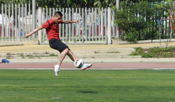 Pichichi de la Liga Adelante milita con la UD Almería y mira al Murcia