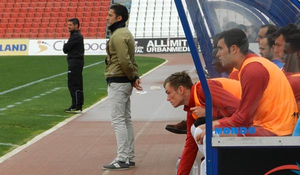Entrenadores del Almería B y del San Roque de Lepe en Segunda División B