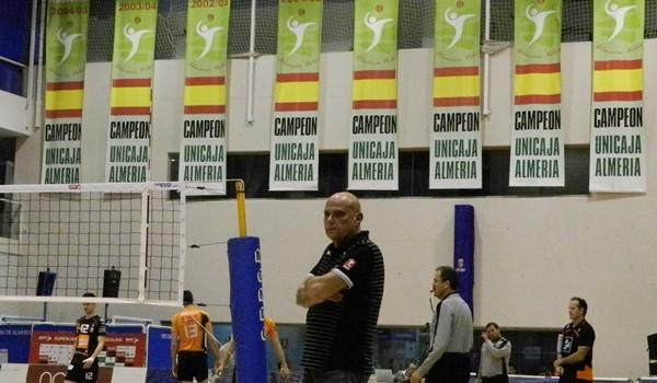 Técnicos de Unicaja Almería y CAI Teruel que se disputan la final de la Superliga de Voleibol