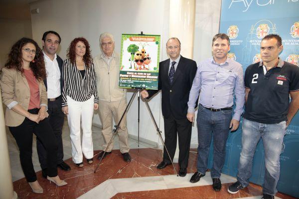 130523 Alcalde campaña frutas y hortalizas1