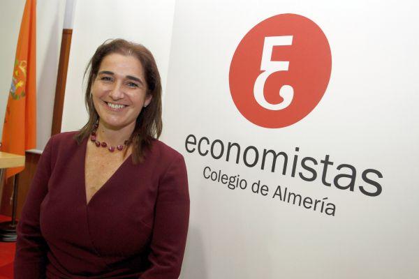 Ana Moreno-decana Colegio Economistas Almería
