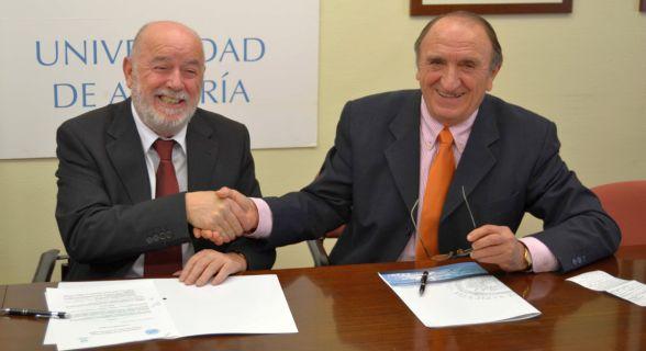 Firma convenio UAL y Banco Alimentos