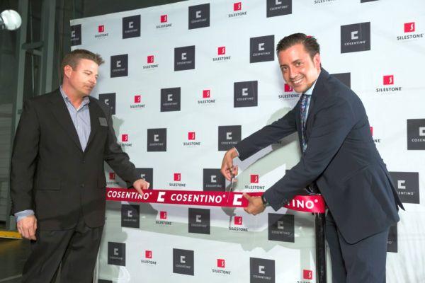 Inauguracion-Center-Austin_Greg-Vannostran-Eduardo-Martinez-Cosentino-