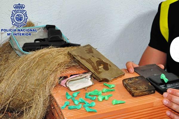 Las redes sociales sirven para que los ciudadanos ayuden contra el tráfico de drogas