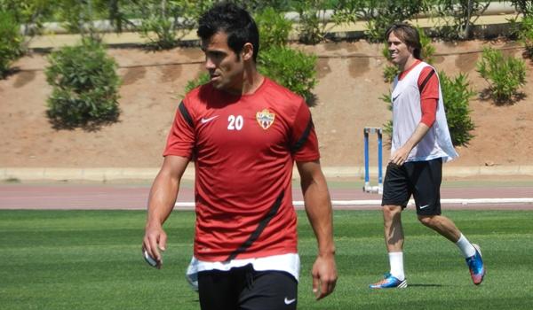 La UD Almería se juega gran parte del ascenso a Primera ante el líder de la Liga Adelante, el Elche