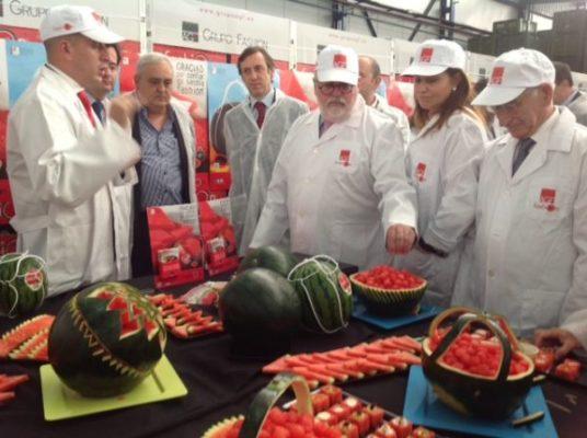 130612 ministro agricultura grupo fashion_2