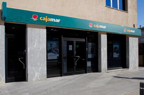 Buscan a dos atracadores tras un asalto a una sucursal de Cajamar en Gádor