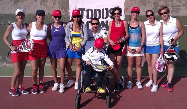 Solidaridad en Almería por un niño con parálisis cerebral