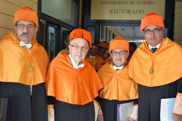 Jordi Nadal y Albert Broder con sus padrinos