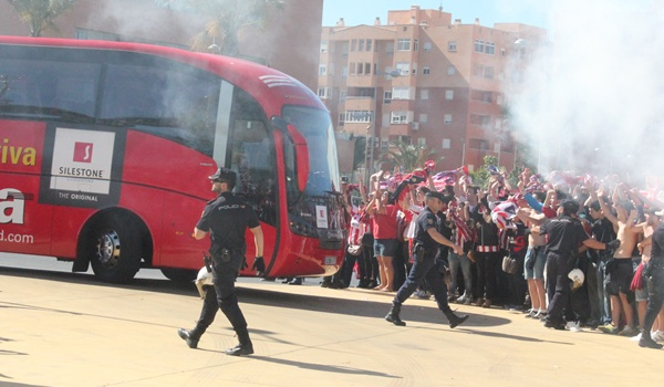 Liga BBVA con la UDA repleta de aficionados de Primera